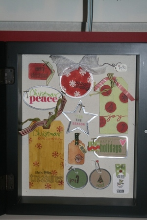 Holiday_tag_shadowbox_frame